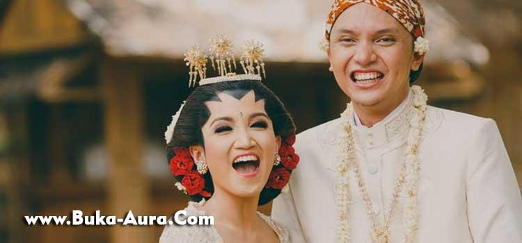 Buka-Aura-Bahasa-Jawa